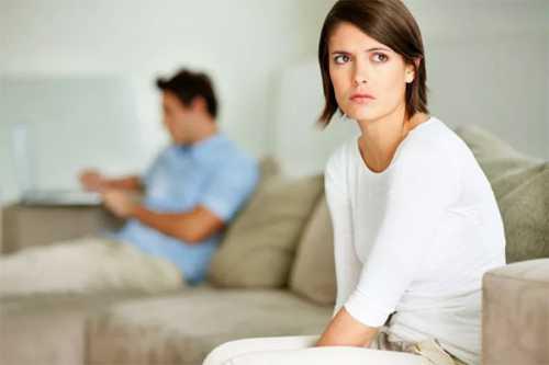 муж во всем обвиняет жену и не хочет решать проблему